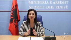 Protestat për Matematikën, ministrja Kushi: Vendosëm të ulim kufirin minimal të pikëve për çdo notë