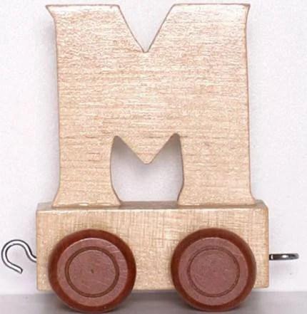 Lettera M in legno su rotelle