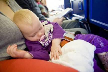 bimba in aereo