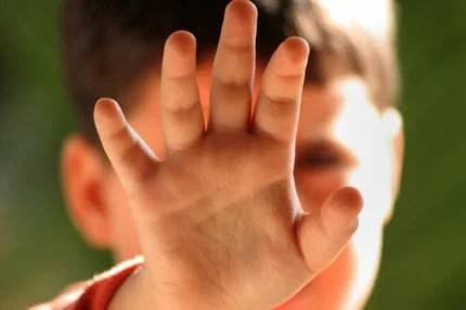 mano di un bambino