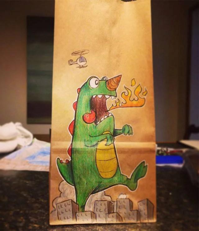 disegno di un drago su sacchetto