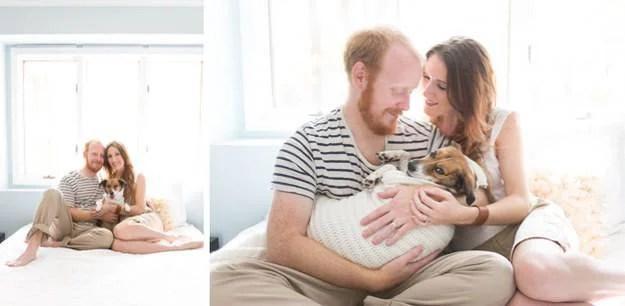 coppia culla il cane