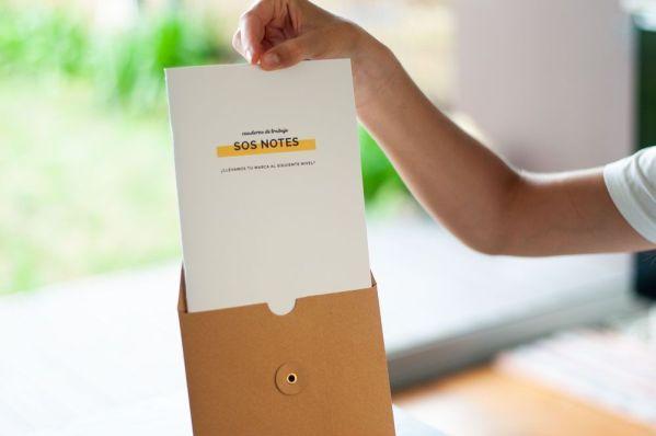 Cuaderno SOS Notes con sobre reutilizable