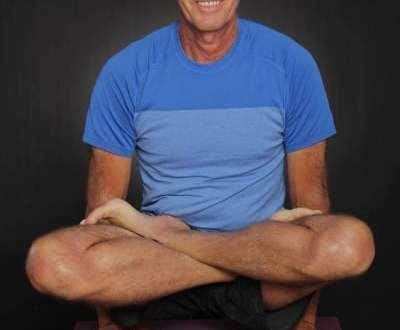 No todas las asanas de yoga son beneficiosas