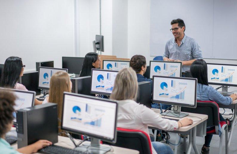 Linux runs education