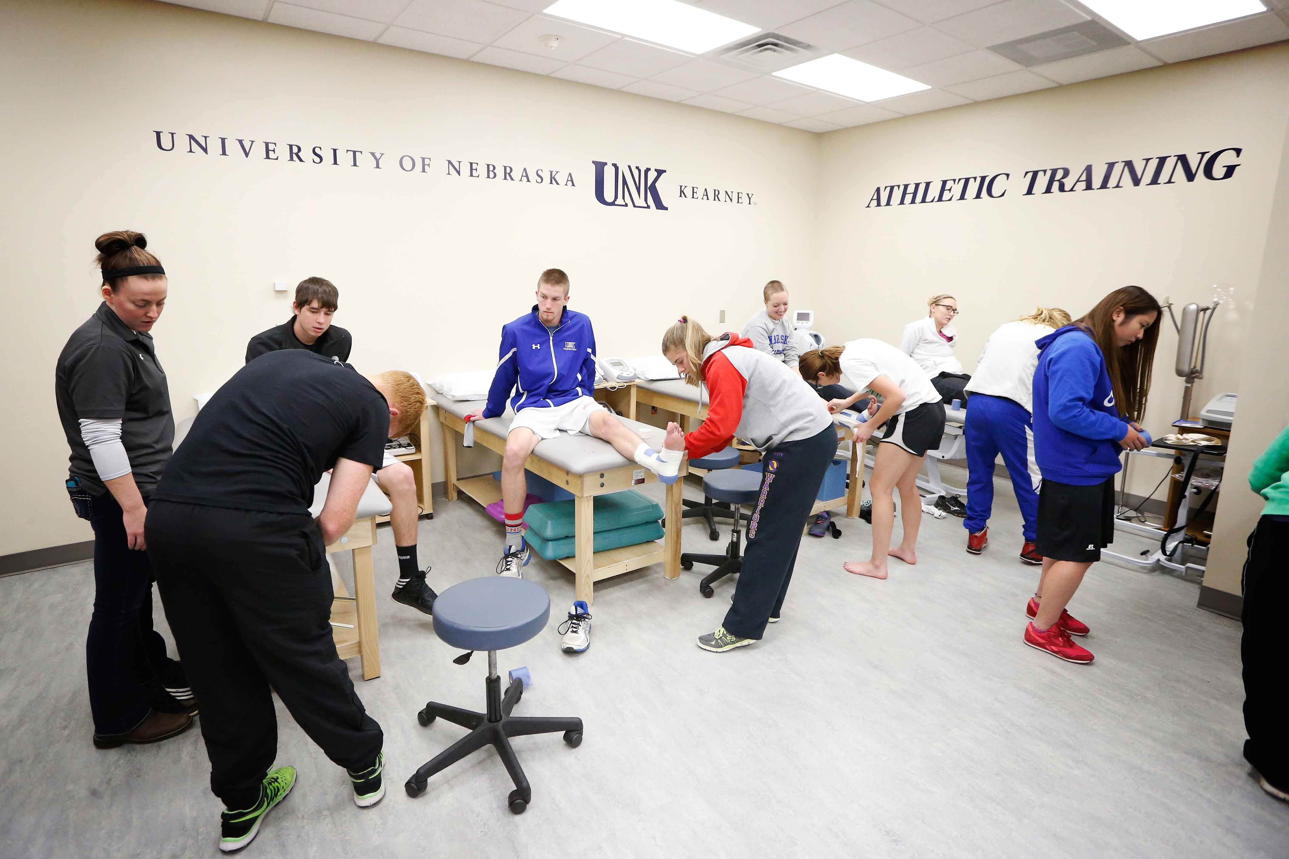 New Athletic Training Classroom Lab At Unk Opens