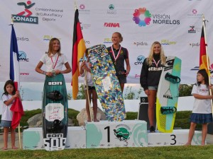 julia rick podium iwwf
