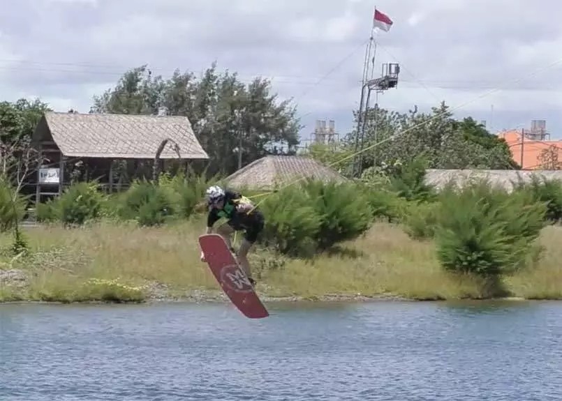flo-lahondes-bali-wakepark