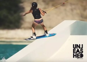 girls-filles-wakeboarding-thumbnail