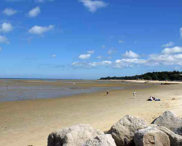 Isle_of_Wight_beach