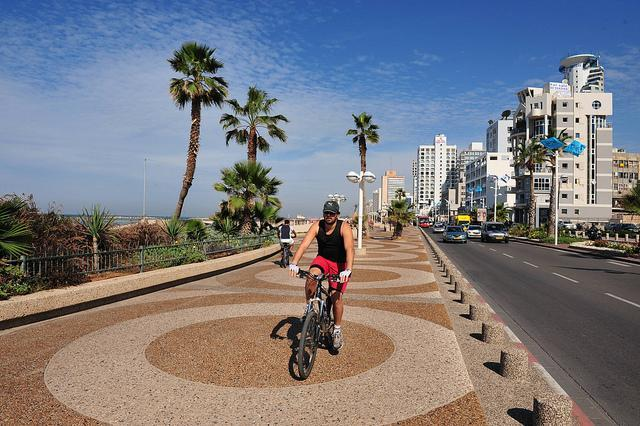 Tel-Aviv-Israel-Tourism-creative-commons-500x333