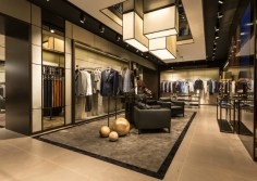 Hugo-Boss-flagship-store-in-Paris