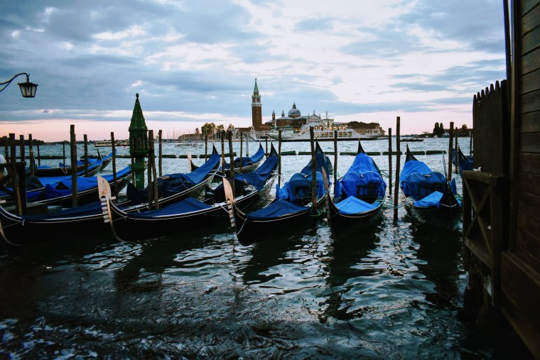 18 weird things about italy no one told you - venice