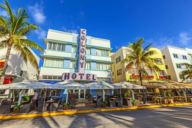 Ocean Drive Art Deco Must Do in Miami
