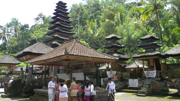 templo en Bali galungan