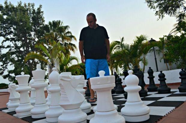 ajedrez jardin tecina la gomera