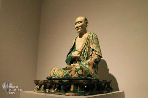 Estatua de Buda Met Museum