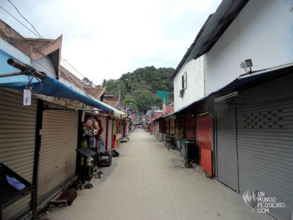 tonsai village vacia