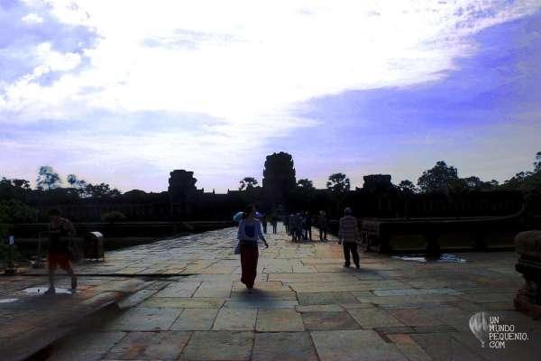 entrando a angkor wat