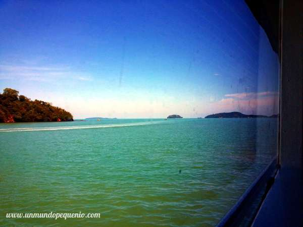 Ferry a Phi Phi ventanilla