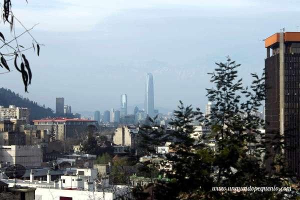 Costanera Center a lo lejos, Santiago de Chile