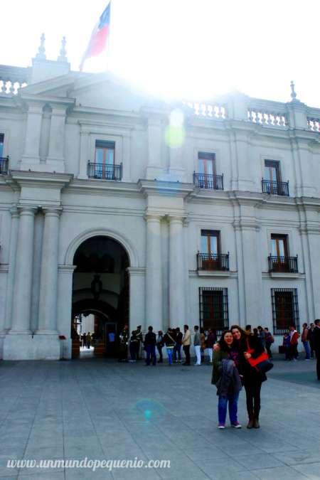 Gise y yo en La Moneda