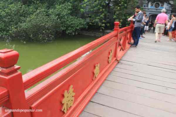 Puente Huc Hanoi