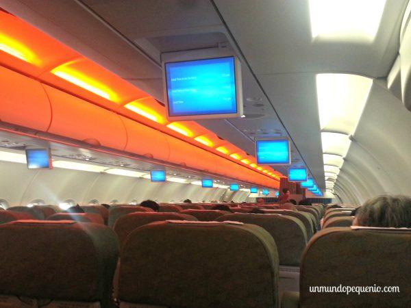 Avión de Vietnam Airlines por dentro
