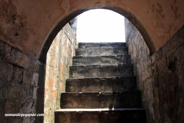 Escalera de la Torre de Hanoi