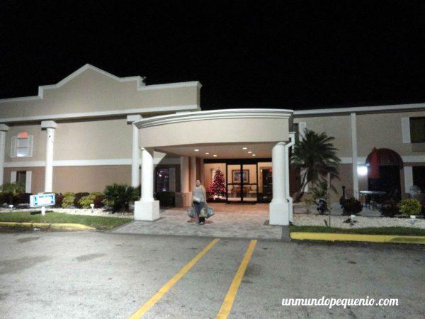 Frente de Travelodge Fort Myers