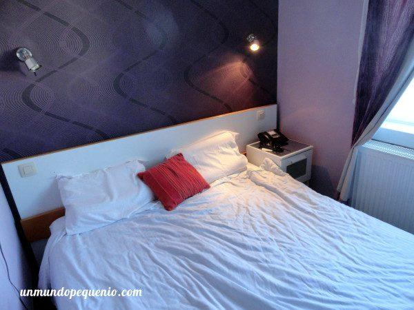Cama Sun hotel Bruselas