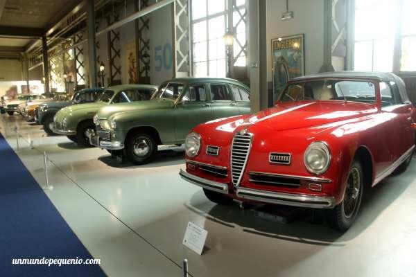Alfa Romeo de 1948 y otros autos de los 40