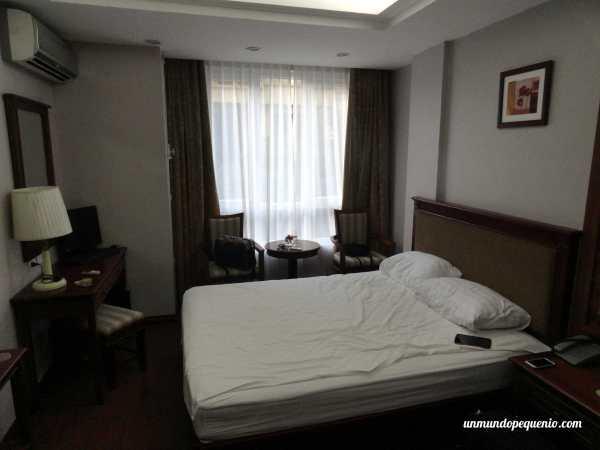 Cama Golden Legend Hotel