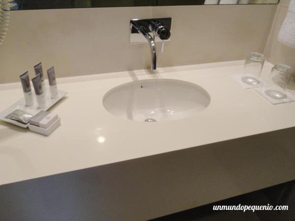 Pileta de baño Dazzler Lima
