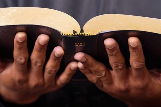 """Crece el número de estados que promueven clases de """"alfabetización bíblica"""" en escuelas públicas"""