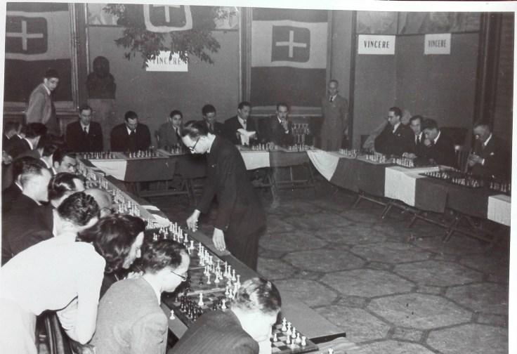 11 NESTLER 28 X 1942 ROMA