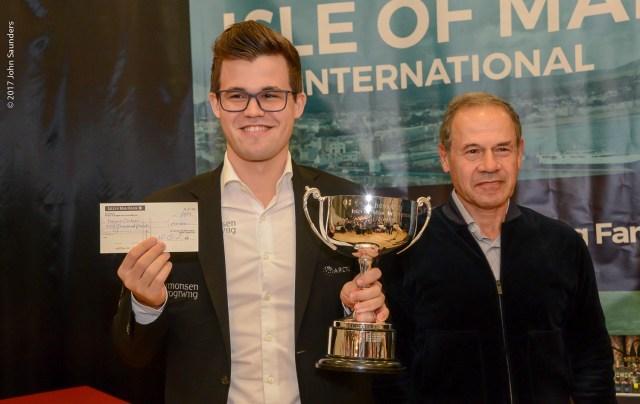 Magnus Carlsen, Isai Scheinberg