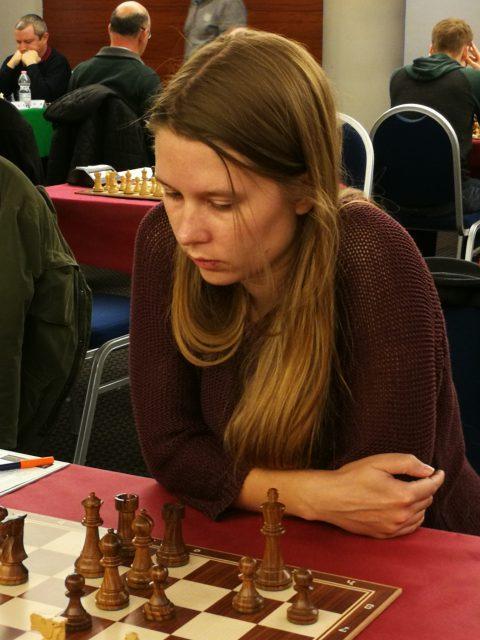 Sarah Hoolt, Germania