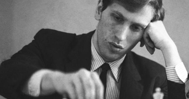Bobby Fischer alla scacchiera