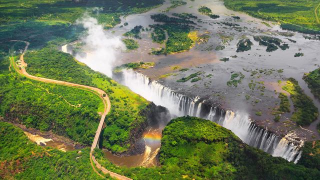 DS-55 Livingstone - victoria-falls-today