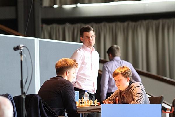 Rapport-Keymer - Carlsen guarda