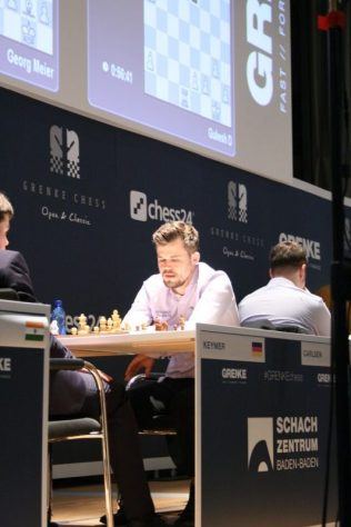 Carlsen R1