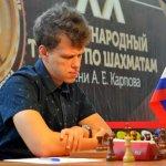 Nel frattempo, Artemiev…