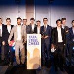Carlsen fa 111, mentre i giovani corrono a WaZ