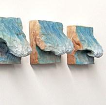 Drei Wellen 2015, Lindenholz und Acrylfarbe