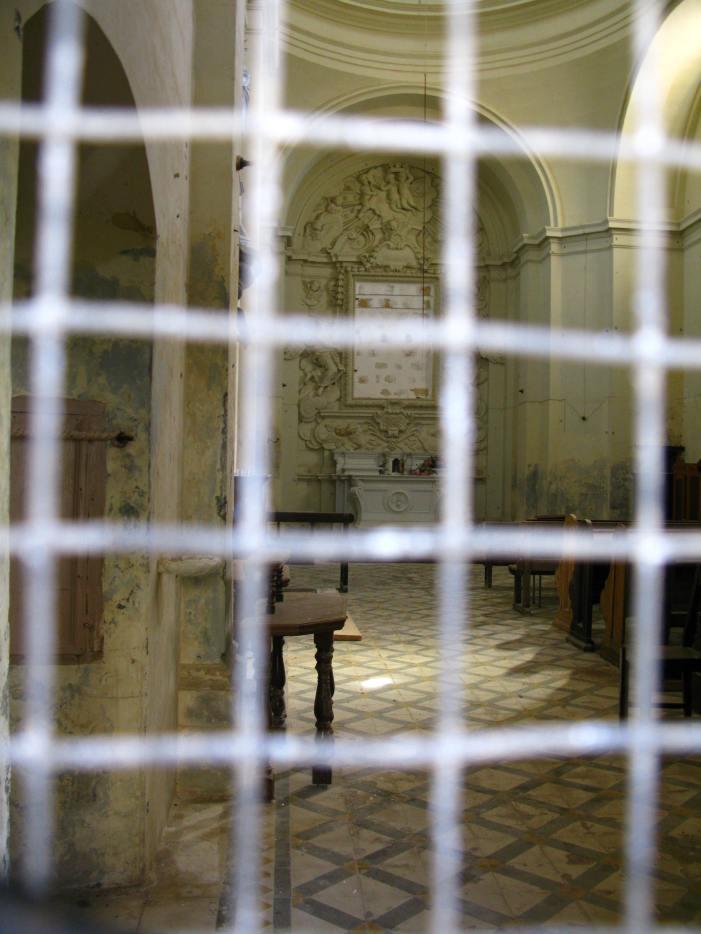 Chapel-chasing in Malta