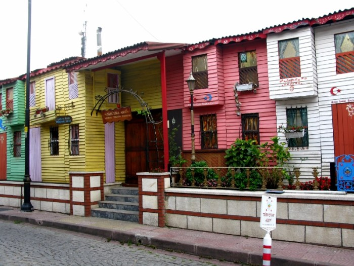 colourful houses in istanbul