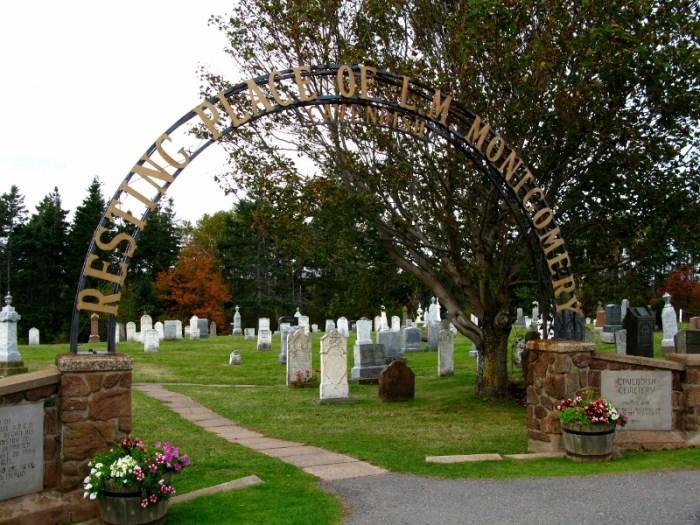 Grave LM Montgomery