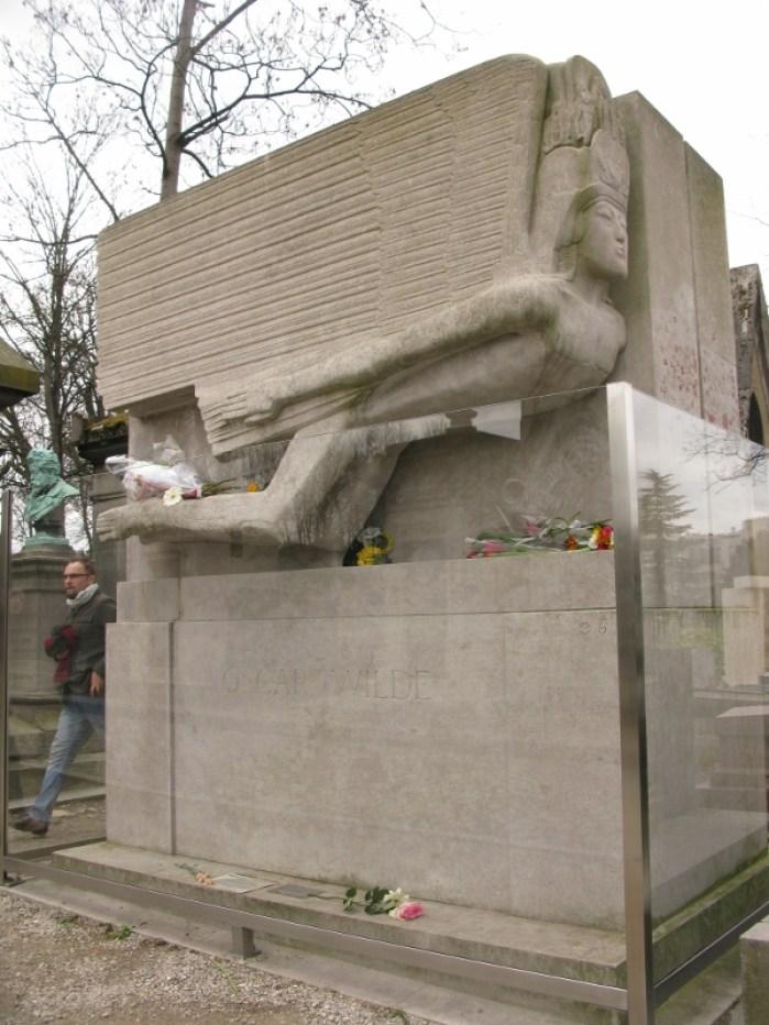 Père Lachaise Cemetery Paris France Oscar Wilde
