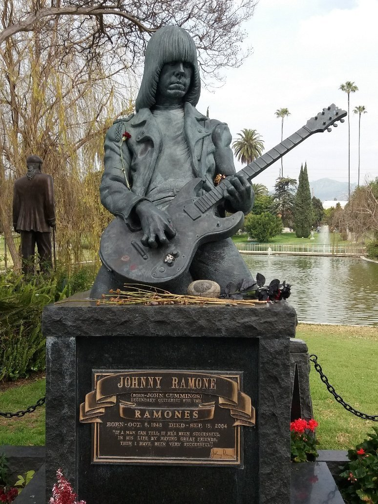 Johnny Ramone grave Hollywood Forever